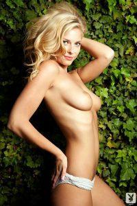 фото красивой голой блондинки