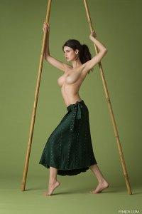 Фото девушка с красивой грудью