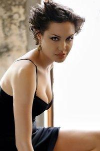 Фото голая Анджелина Джоли