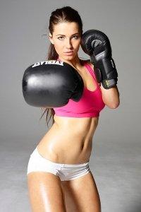 Фото красивая спортивная девушка