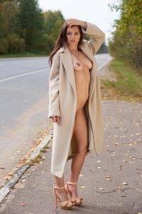 Фото голая проститутка