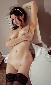 Ню фото голой девушки